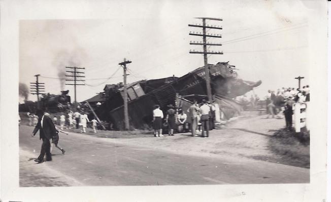 GlenTay Train wreck 1.jpg