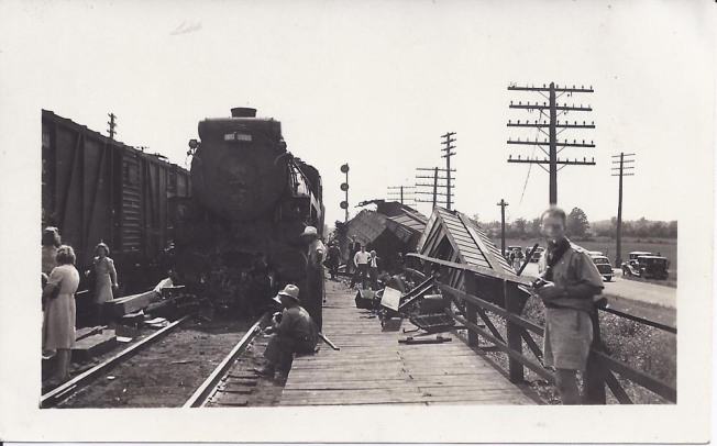 GlenTay Train wreck 2.jpg