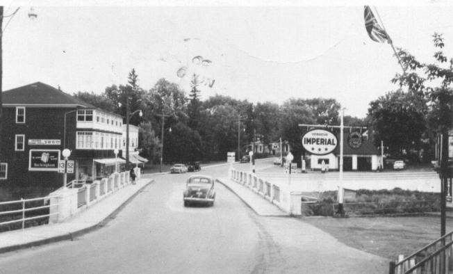 12-Pont-rue-Sud-1950.jpg