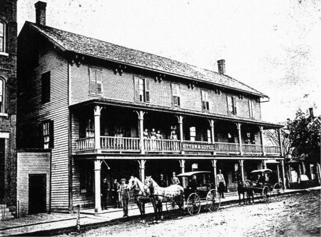 15-Ottawa-Hotel-1900-1024x758.jpg