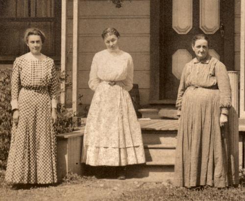 3-women-500dpi.jpg