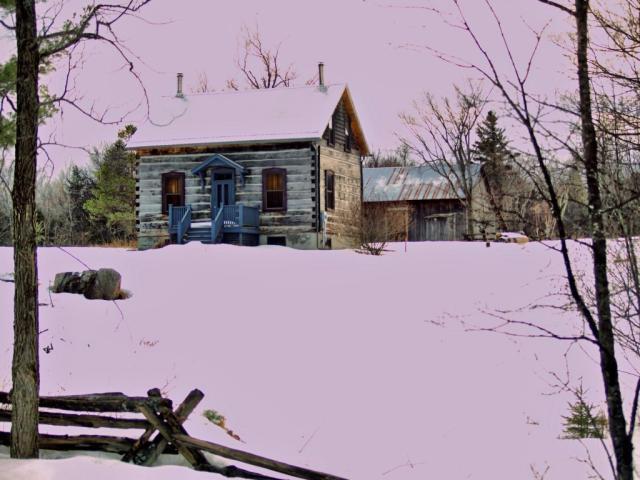 Settler Home in Lanark Highlands Township Lanark County.jpg