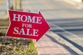 With A Recession Looming, Is Now The Time To Sell Your Home?